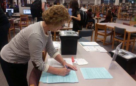 League of Women Voters registering students to vote during IE time today