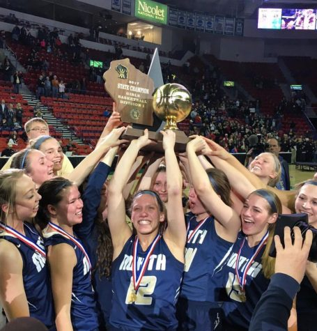 Lady Lightning become state champions: Season in review