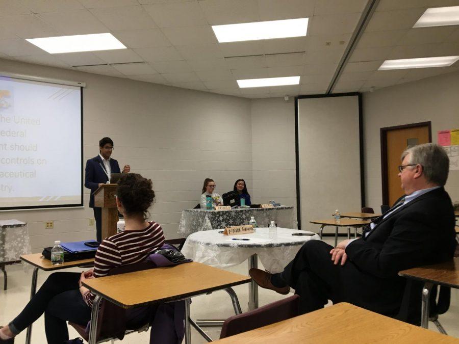 Mayor Tim Hanna visits  North to help promote debate