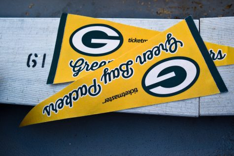 """Packers vs Jets"" by Phil Roeder is licensed under CC BY 2.0"